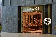Un tipico negozio Gucci a Toronto.