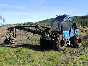 Harvester (forestry) - Small 4-wheeled Rottne harvester