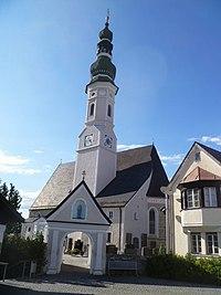 Geinberg - Kath. Pfarrkirche hl. Michael.jpg