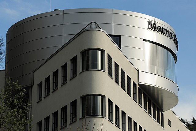 Glashütte, Geschäftsgebäude der Moritz Grossmann GmbH (Landkreis Sächsische Schweiz-Osterzgebirge, Sachsen, Deutschland)