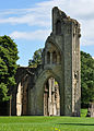 Glastonbury Abbey ruins 3.jpg