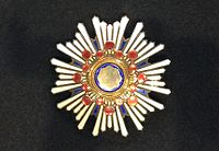 Grand Cordon of the Order of the Sacred Treasure 002.jpg