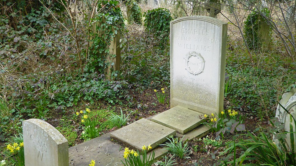 Grave of Charles Williams at Holywell