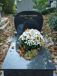 Grave of Menyhért Lakatos (Óbuda cemetery).jpg