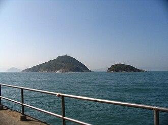 Green Island, Hong Kong - Image: Green Island and Little Green Island 1
