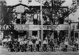 Marshall Taylor - Harry T. Hearsey's bicycle shop in Downtown Indianapolis in 1896, where Taylor worked as a bicycle instructor