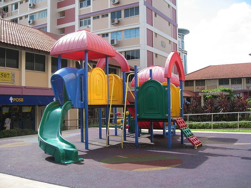 bęzpieczne nawierzchnie na plac zabaw
