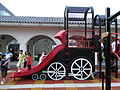 HK 中山紀念公園 Sun Yat Sen Memorial Park Playground 01 visitors 滑梯 Playground slide April-2012.JPG