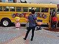 HK Shatin 史諾比開心世界 Snoopy's World yellow school bus body n man back May-2016.JPG