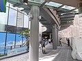 HK TKO 將軍澳 Tseung Kwan O 日出康城 Lohas Park passageway to The LOHAS mall October 2020 SS2 01.jpg