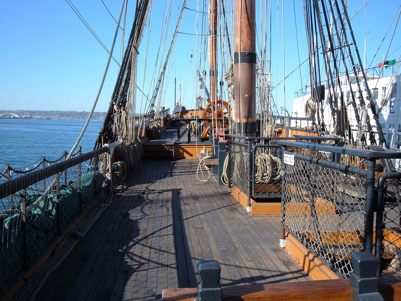 File Hms Surprise Replica Ship Main Deck 4 Jpg