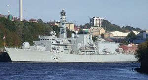 HMS Sutherland pri Newcastle upon Tyne, September 2004HMS Sutherland pri Newcastle upon Tyne, September 2004