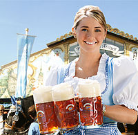 Hacker-Pschorr Oktoberfest Girl