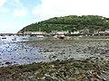 Hafen von Fishguard, Blick zur Kaimauer.jpg