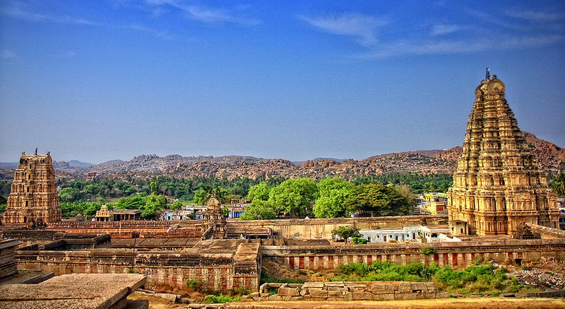 File:Hampi virupaksha temple.jpg