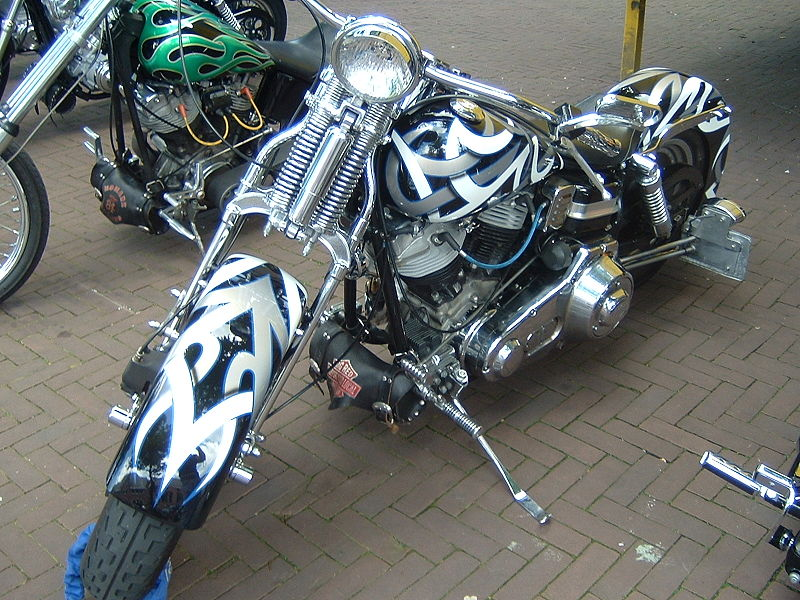 800px Harley Davidson 4