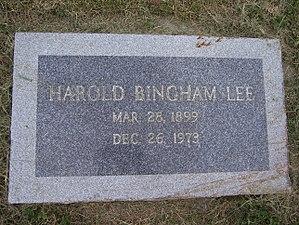 Harold B. Lee - Image: Harold B Lee Headstone