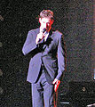 Harry Connick 2007 Savannah concert cropped.jpg