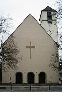 Hauptgiebel der Lindenkirche.jpg