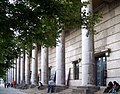 Haus Der Kunst Portikus.jpg