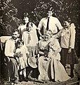 Hemingway Family 1915.jpg