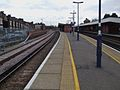 Herne Hill stn southbound platform 4 look south.JPG