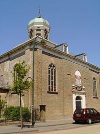 Hervomde kerk Dinteloord.jpg