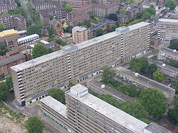 Heygate Estate from Strata SE1 tower.jpg