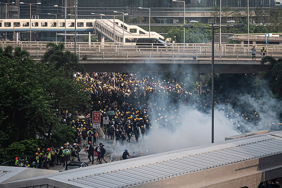 Hong Kong protests - Kwong Tong March 20190824 - P1066398-edit.jpg