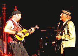Ian Anderson and Martin Barre 2006.jpg
