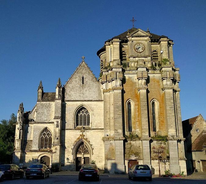 File:Iglesia de Notre-Dame de Mortagne-au-Perche.jpg