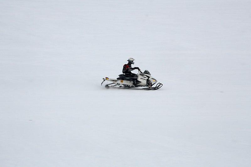 File:Inari, Suomi - Finland 2013-03-10 Inarijärvi snowmobile f.jpg