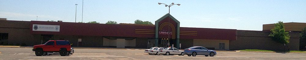 How Much Is A Crown >> Indian Springs Mall - Wikipedia