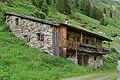 Innergschlöss - in den Berg gebaute Almhütte.jpg
