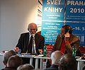 István Kovács mluví na Světu knihy 2010 (001).JPG