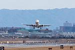 J-Air, ERJ-170, JA226J (25746051796).jpg