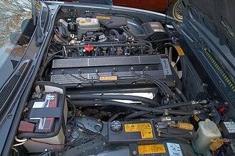 Jaguar XJ (XJ40) - AJ6 4.0 L engine (in a 1990 Daimler)