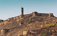 Jaipur 03-2016 01 Jaigarh Fort.jpg