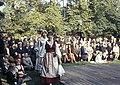 Juhla Kansallismuseon pihalla - XLVIII-929 - hkm.HKMS000005-km0000m2km.jpg