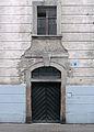 Kłodzko Łukasińskiego 26 portal.jpg