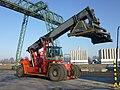 Kalmar Reach Stacker at Niehl I-1210403.jpg