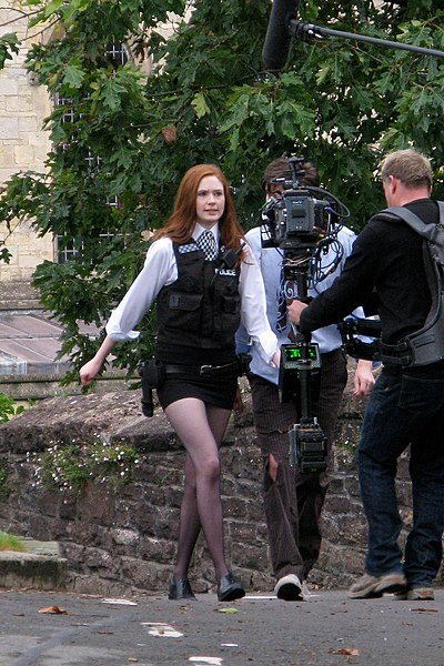 File:Karen Gillan as Amy Pond.jpg