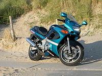 Kawasaki ZZ-R 600.jpg