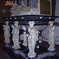 Kenotaph Friedrichs I. Schlesw Dom.jpg