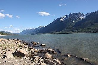 Valemount - Kinbasket Lake