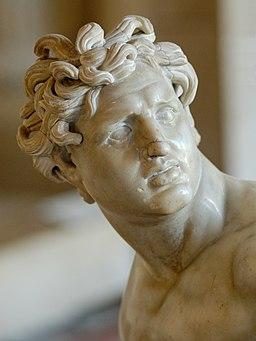 Kneeling youthful Gaul Louvre Ma324 n4