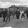 Koninklijk paar en Prinses Beatrix naar Mexico vertrokken vanaf Schiphol, koning, Bestanddeelnr 916-2767.jpg