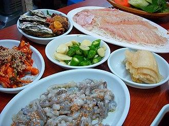 Hoe (food) - Image: Korean.cuisine Hoe 01