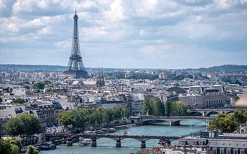 Paris mailbbox