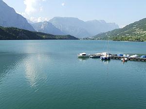 Cavedine - Image: Lago Cavedine